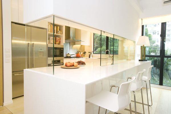 Classic meets moderne dans un appartement l gant hong kong par clifton leung immobilier - Farbiges modernes appartement hong kong ...