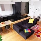Appartement Frais et coloré appartement au coeur de Varsovie par Pawel Nastanski