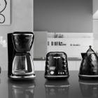 Cuisine DeLonghi ' s facettes appareils ménagers pour le petit déjeuner élégant