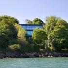 Maison Résidence moderne de cabane qui reflète son environnement dans l'île de Wight, Angleterre