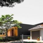 Maison Niché entre une lagune et un paysage suburbain : Narabeen maison