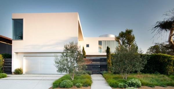 Maison moderne de stuc blanc à Venice, en Californie, par Dennis ...