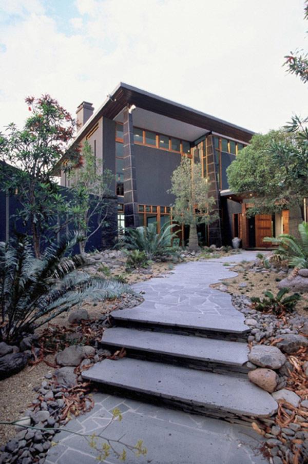 Maison de cinq chambres en australie prenant en entourant for Acheter une maison en australie