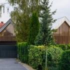 Maison Résidence originale en Pologne dicté par les besoins de la vie moderne : deux granges maison