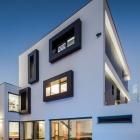Maison Villa minimaliste pour familles au Portugal avec beaucoup d'espace pour se divertir : maison ML