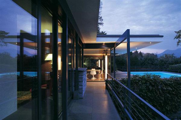 Villa de luxe avec une vue fantastique sur le lac de for Maison luxe suisse