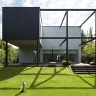 Maison Maison Cube noir en Pologne sur mesure pour une vie de famille moderne