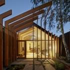 Maison Style et fonctionnalité forme Cross Stitch bois Extension inspirée par un héritage