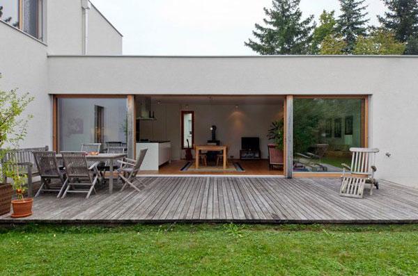 Confortable maison rectangulaire dans la campagne for Immobilier chambre sans fenetre