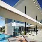 Maison Hôtel de Style maison en Australie mettant en vedette des surplombs large et lieux de divertissement