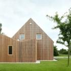 Maison Remarquable Extension maison créative améliorant une résidence pavillon-Type en Belgique