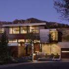 Maison Seuil entre la ville et le parc de la montagne : synclinal House dans le Colorado
