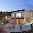 Maison Maison moderne d'Olive en Croatie doté d'un impressionnant jardin de Méditerranée