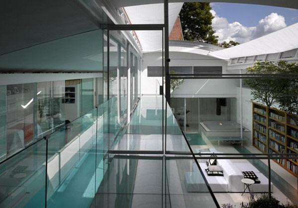 Maison Moderne Pr 232 S De Londres Construit Autour D Une