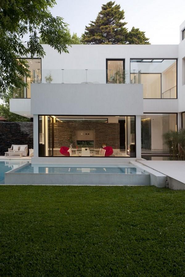 rsidence blanche moderne qui semble la monte de leau maison - Maison Moderne Blanche