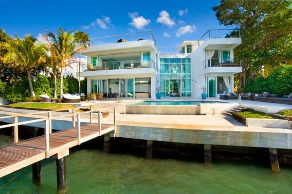 agenceimmobiliere.com/immobilier/maison/3920/photo-maison-design-3920_2.jpg