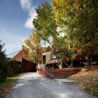 Maison Du spa BALNEA bâtiment d'accueil au Canada, légèrement adapté à son environnement
