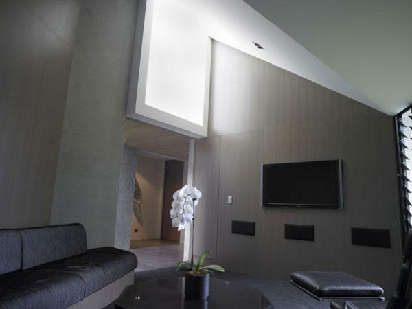 Accueil b ton contemporain avec des int rieurs tonnants - Maison contemporaine en beton karaka bay en nouvelle zelande ...