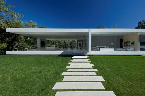 R sidence pavillon verre glamour en californie for Maison rectangulaire moderne
