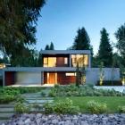 Maison Exemplaire en forme de H contemporain maison au Canada