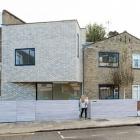 Maison Extension originale de brique pour la maison au milieu du siècle à Stoke Newington, Londres