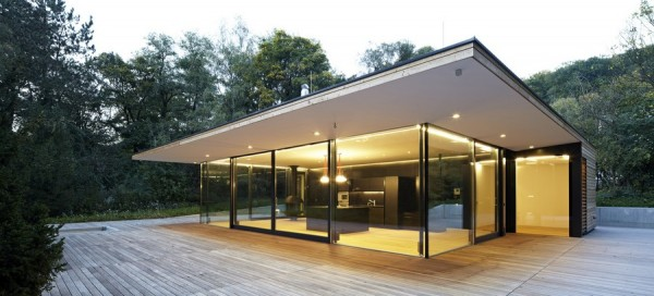 Retraite d 39 t moderne en bois et verre haus hainbach immobilier mais - Mettre sa maison en location pour en acheter une autre ...