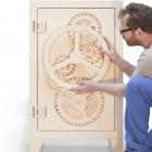 Meuble Ludique et provocateur en bois Safe Box inspiré par des vitesses d'horloge : mr.knox