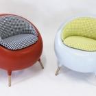 Meuble Conception de chaise sculpturale ajoutant gaieté aux régimes intérieurs modernes