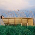 Salle de bain Flottant au-dessus de vos soucis dans le BathBoat frappant