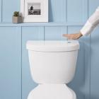 Salle de bain Vague à chasse d'eau : Kit de toilette sans contact pour une hygiène accrue de salle de bain [vidéo]